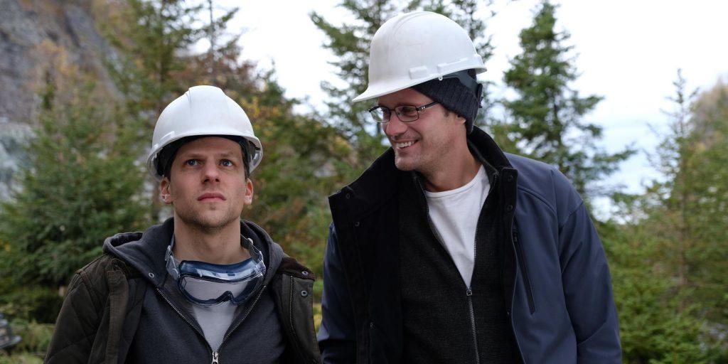 Vincent (Jesse Eisenberg) and Anton (Alexander Skarsgård) are financial traders trying to strike it rich in <em>The Hummingbird Project. &lt;/em